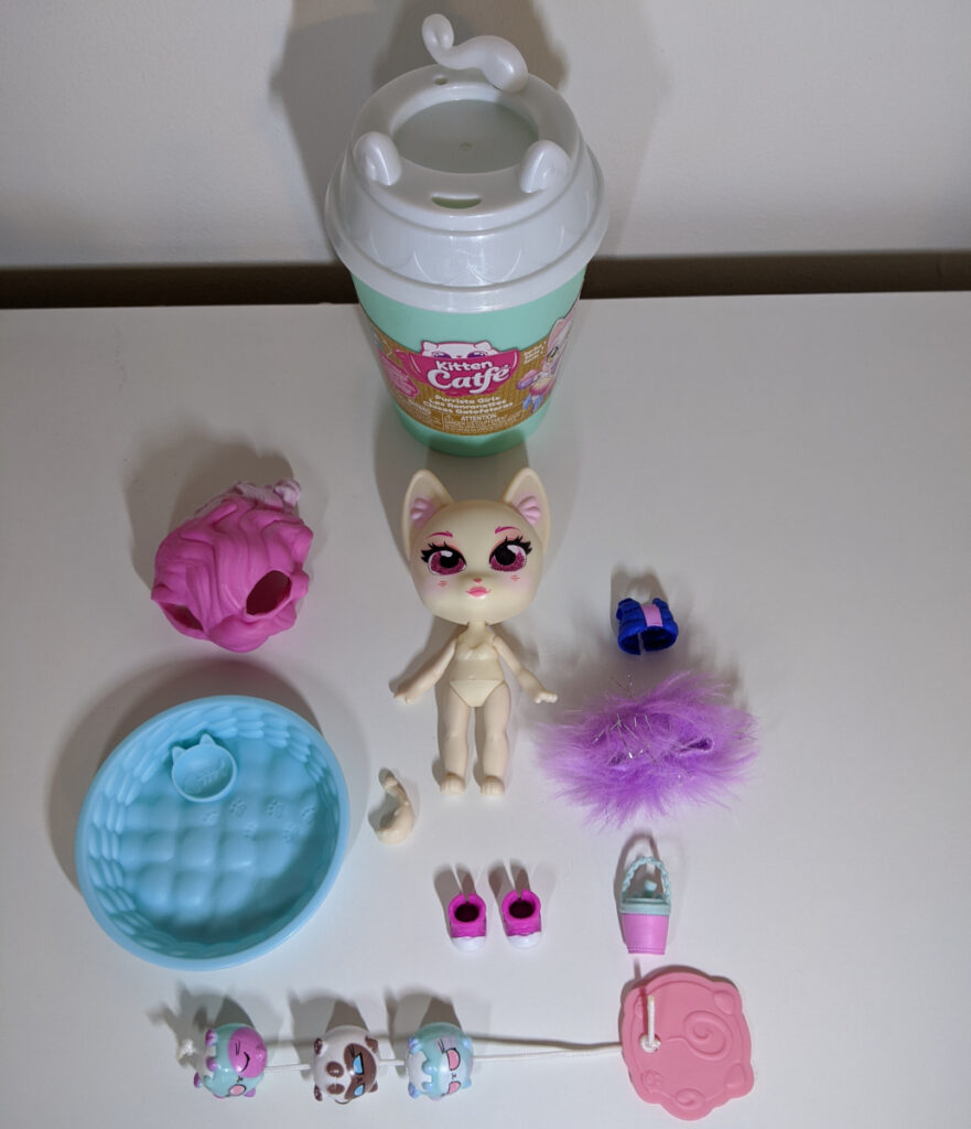 Kitten Catfe Purrista Girls Pack Contents